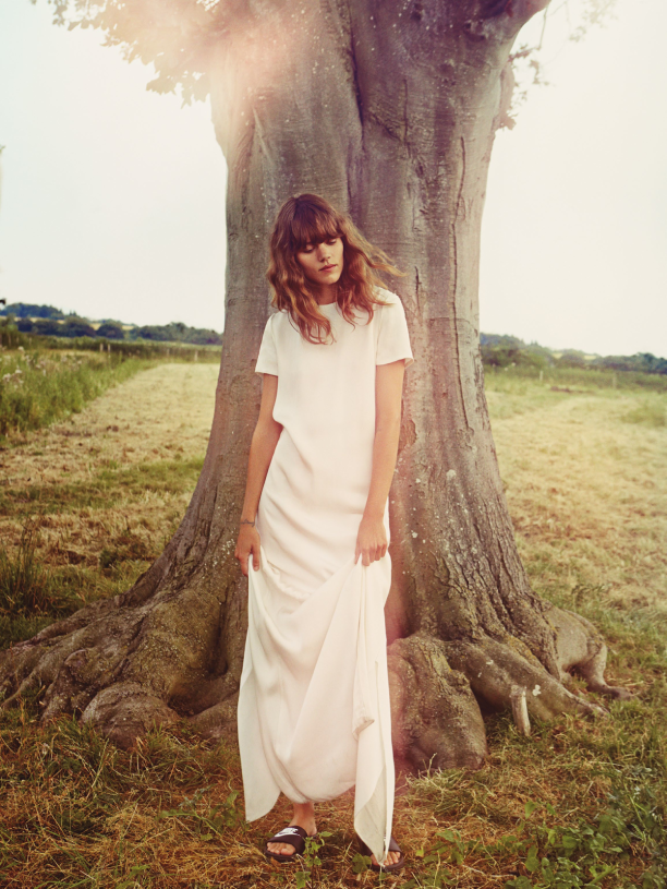 freja-beha-erichsen-by-cass-bird-for-uk-vogue-january-2014-12-612x815